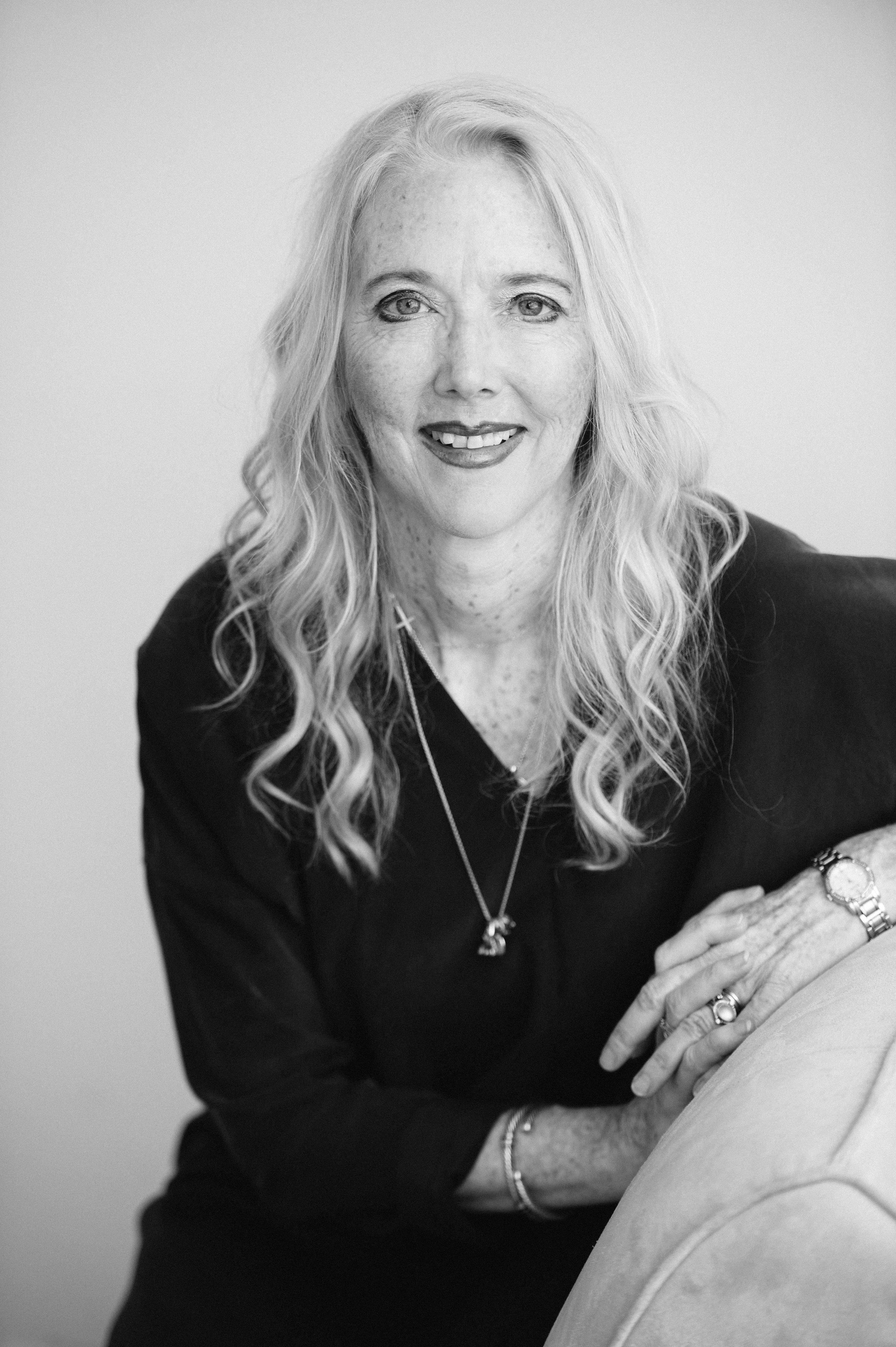 Lisa Russ Spaar